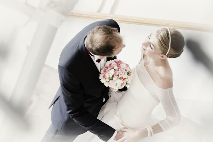 Bild Brautpaar auf der Luft