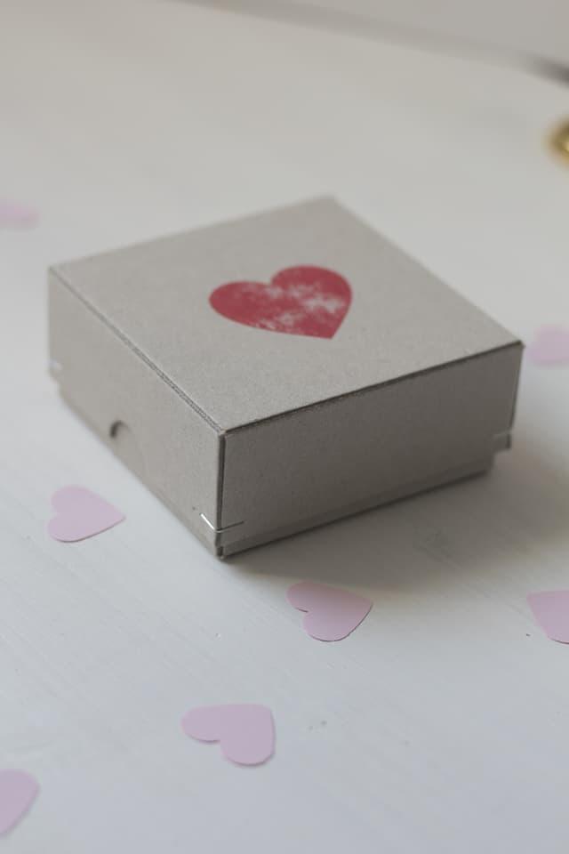 Muttertag DIY Herz Box