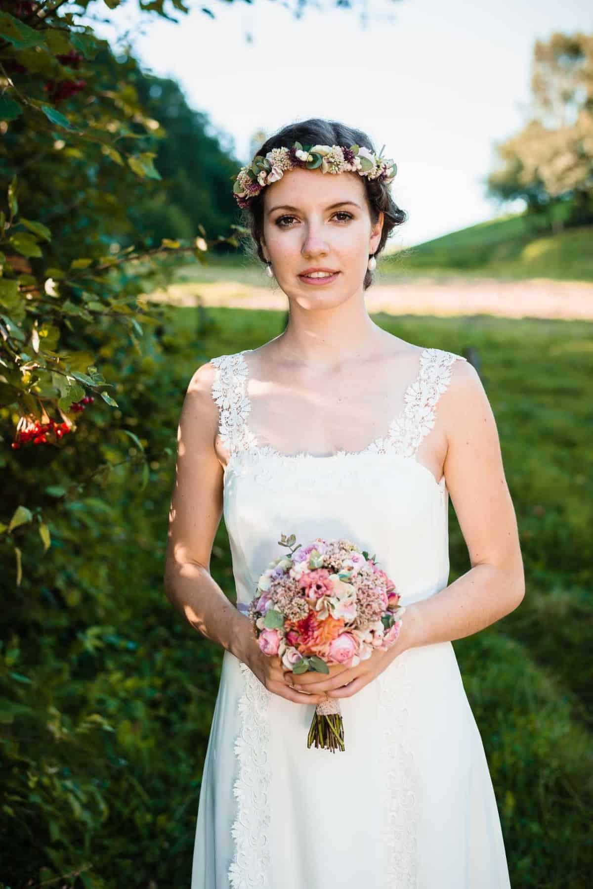 Ausgezeichnet Hochzeitskleid Für Die Reifen Bräute Ideen ...