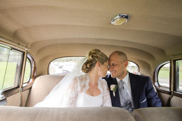 Bild im Hochzeitsauto