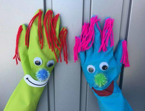 Clown Basteln aus Handschuhen