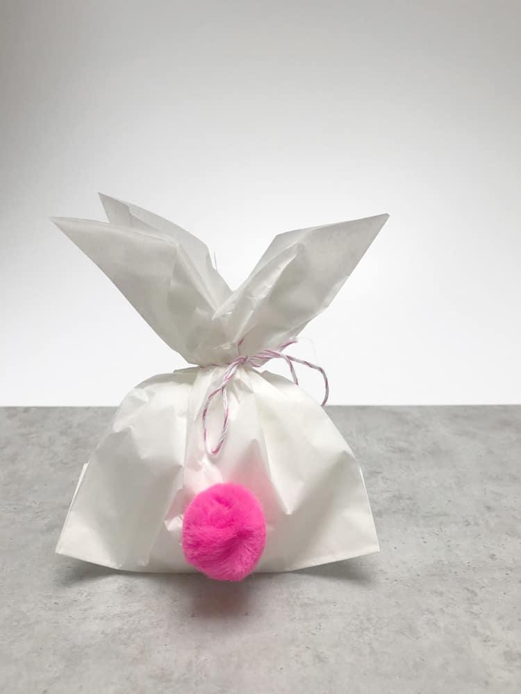 Ostergeschenke verpacken in Butterbrottüte