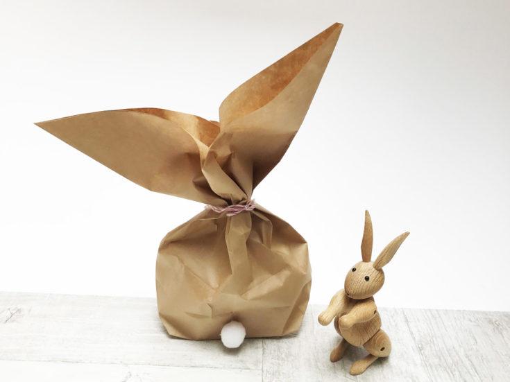 Osterhasen aus Papiertüten basteln