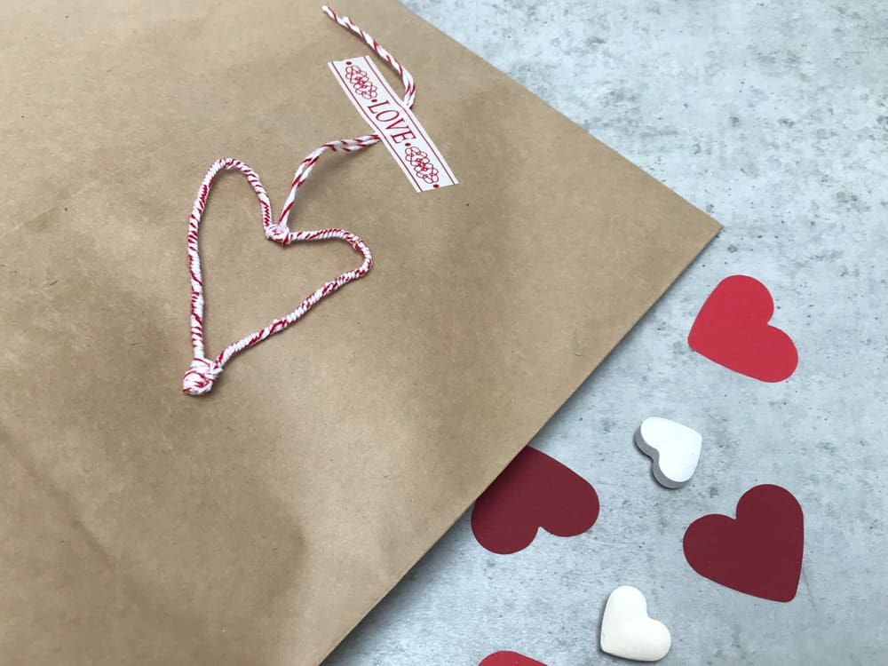 Drahtherz basteln als Valentins-Idee