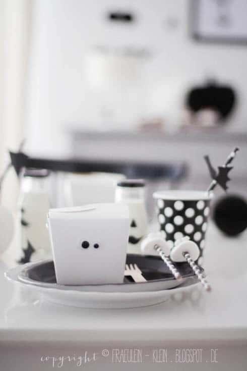Helloween Deko black and white