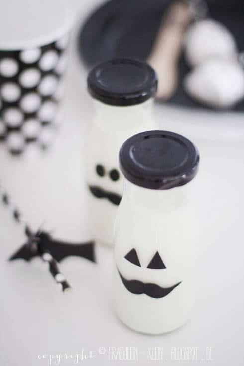 Halloween Milchflaschen