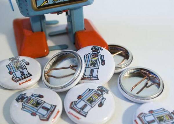 Krima & Isa - Button Roboter