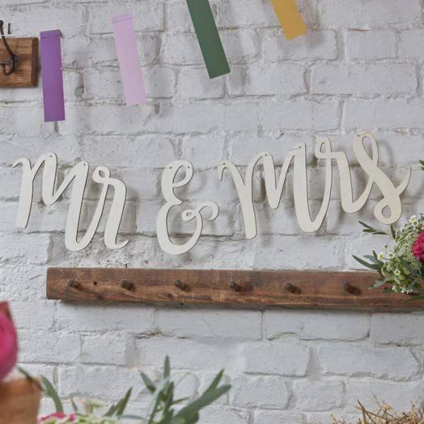 Boho Holzgirlande Mr & Mrs