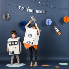 Weltraum & Astronaut