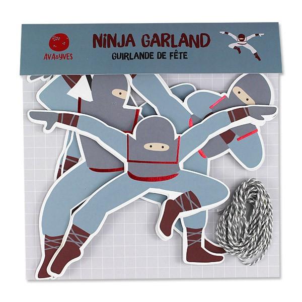 Ava & Yves Girlande Ninja