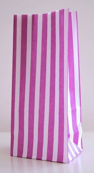 Candytüten mit Boden lila gestreift